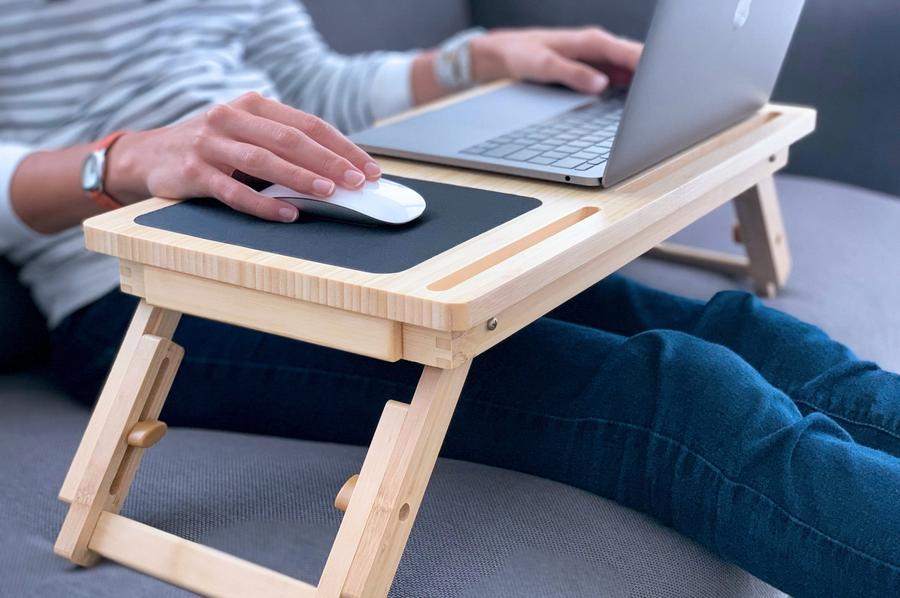 Metode eficiente sa lucrezi comod la laptop – cu recomandari de produse regasite la UNIC SPOT
